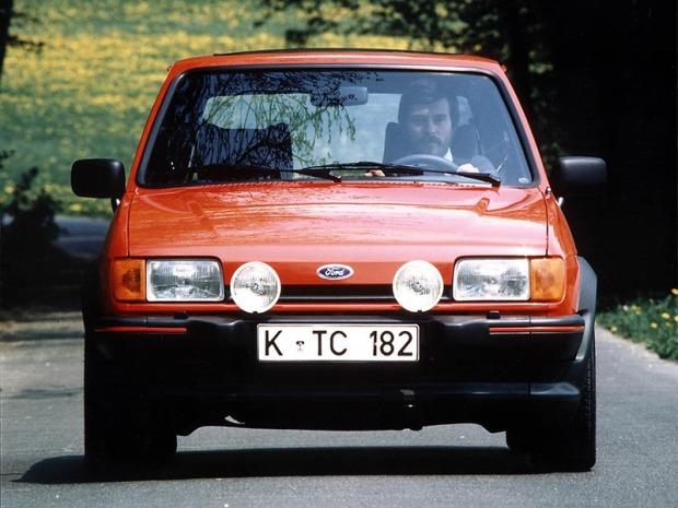 FordFiesta_XR2-1985