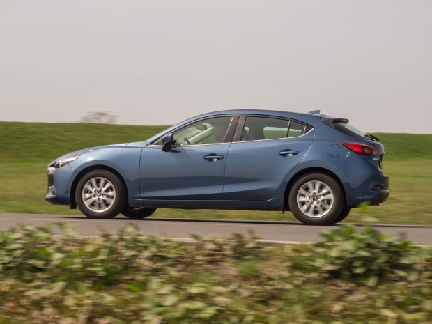 Mazda3_CD105_Challenge_02