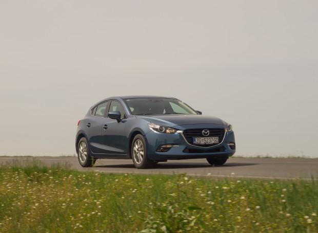 Mazda3_CD105_Challenge_04
