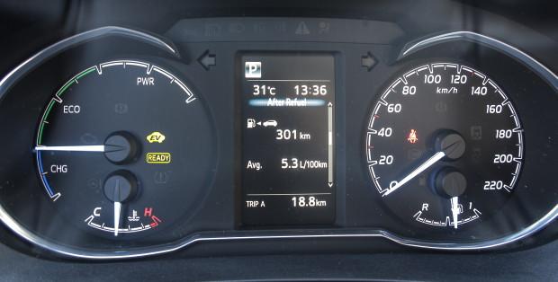 Toyota Yaris 1.5 HSD Trend Plus_07