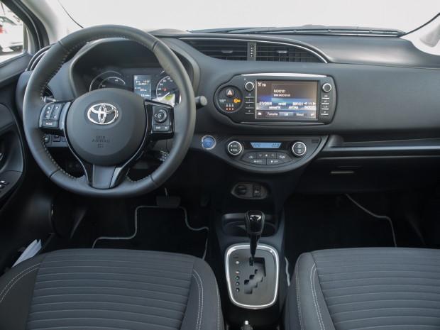Toyota Yaris 1.5 HSD Trend Plus_08